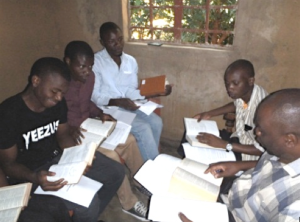 PST-IMI Malawi students meeting in class